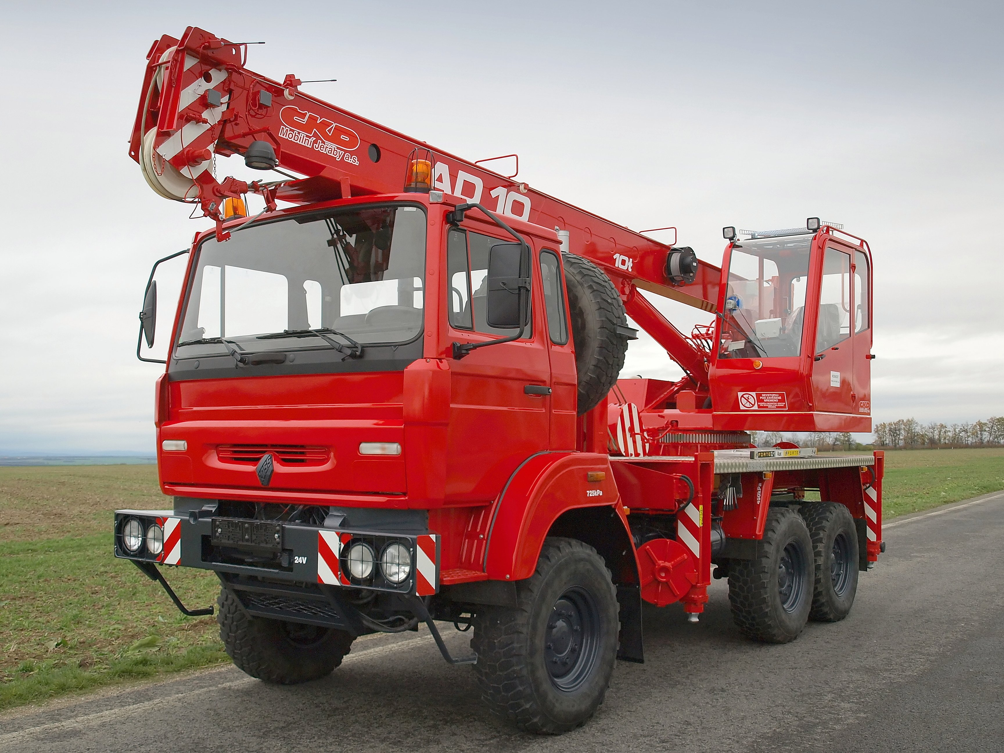 New crane - AD10 on chassis ROSS/Renault